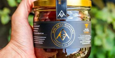 Colombian Honey made for Peace Building